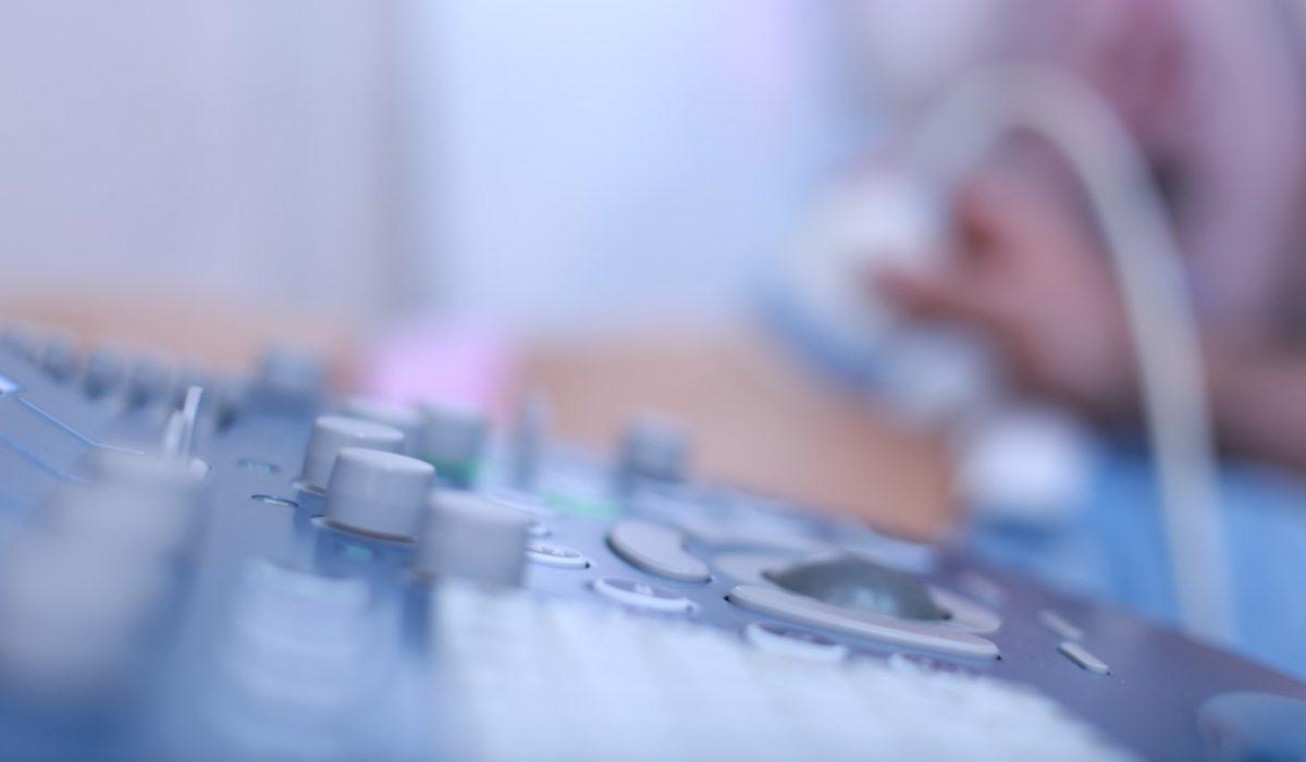 Studiu: 3 din 10 gravide nu fac ecografiile obligatorii